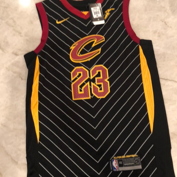 the best attitude ce940 58c39 Lebron James Cavs black away jersey NWT